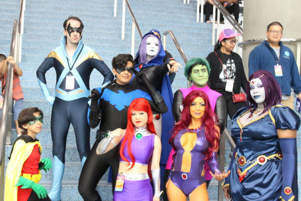 A group of 8 cosplayers represent their favorite Teen Titans at LA Comic Con 2018.